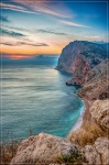 отдых в Крыму: Зимний закат над пляжем Васили в Балаклаве