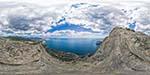 отдых в Крыму: вид на гору Сокол в Судаке