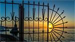 отдых в Крыму: весенний закат в Севастополе