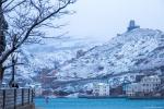 отдых в Крыму: Снежные склоны Балаклавы.